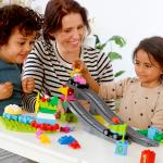 LEGO Education | Làm thế nào để trẻ học vui trong mùa Cô Vy?